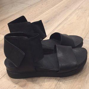 Eileen Fisher sphere leather sandal black size 8.5